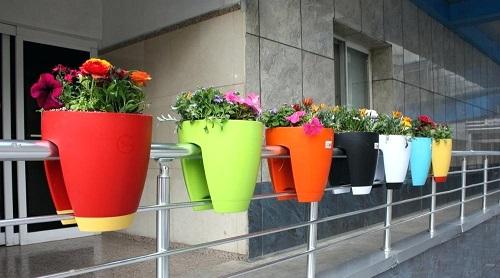 گلدان پلاستیکی رنگی خانگی